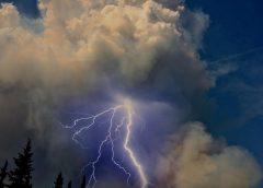 """Tormentas particulares: """"piroconvección"""" y su simulación con un modelo meteorológico"""